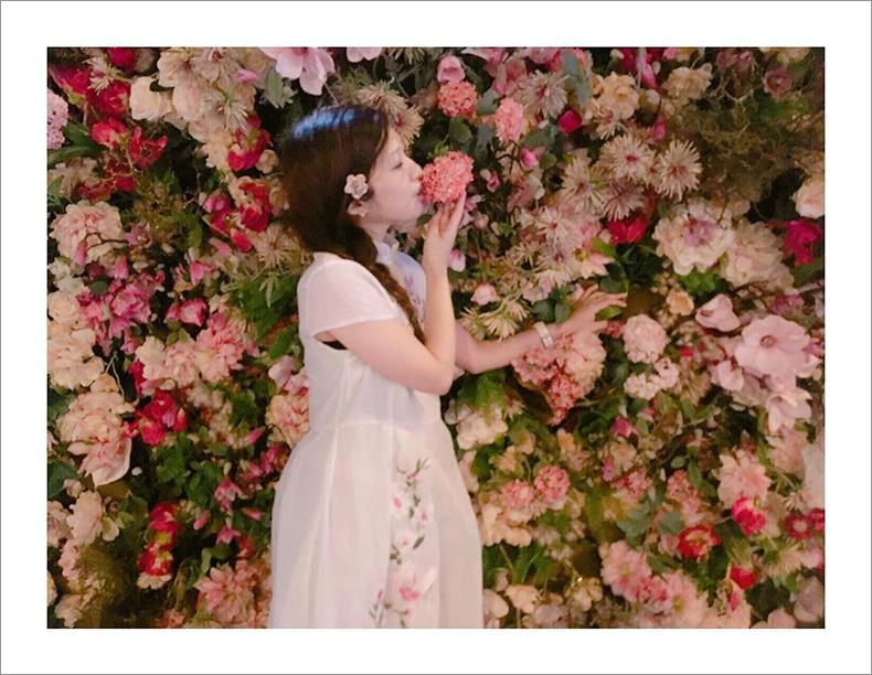 グラマー lily インスタ
